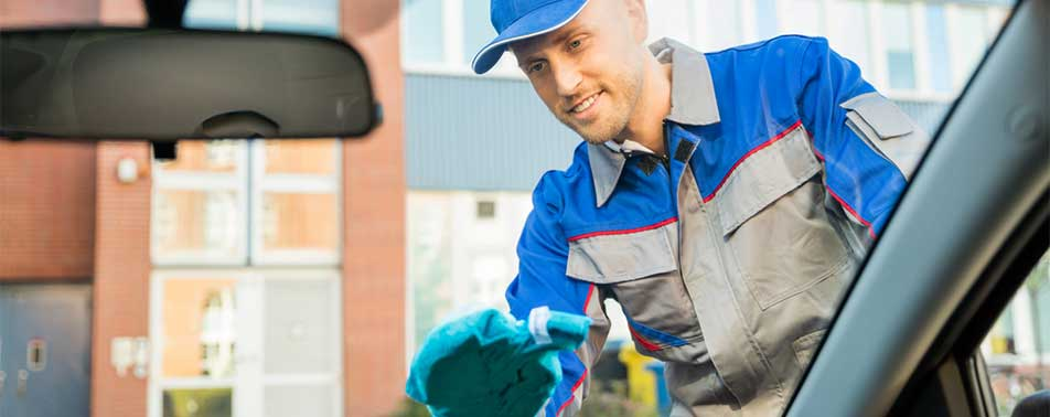 Best-Car-Windshield-Cleaner-Buying-Guide